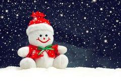 Усмехаясь родовая игрушка снеговика рождества Стоковое Изображение RF