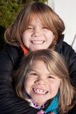 Усмехаясь сестры Стоковая Фотография RF