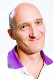 усмешки портрета людей облыселых голубых глазов счастливые Стоковое фото RF