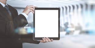 Успех бизнесмена работая с пустым планшетом Стоковые Фотографии RF