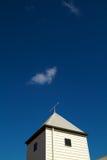 успех неба крыши направления облака стрелки голубой Стоковые Фото