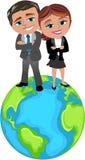 Успешные бизнесмены на верхней части мира Стоковая Фотография RF