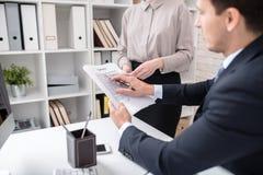 Успешный контракт чтения босса Стоковые Изображения