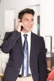 Успешный молодой испанский бизнесмен Стоковые Фотографии RF