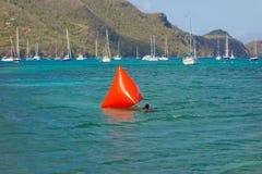Устанавливающ отметку для заплывания участвуйте в гонке в заливе Лорд-адмирала Стоковое фото RF