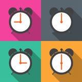Установите будильники с различным временем от утра Стоковые Фотографии RF