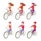 Установите велосипедистов для того чтобы ехать велосипед в различной физической форме изображения вектора спортсменов Стоковые Фото