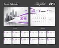 Установите дизайн 2018, фиолетовая крышка шаблона настольного календаря Стоковые Изображения RF