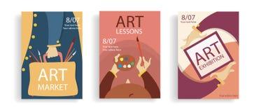 Установите концепции знамен искусства Руки мультфильма с рамкой, сумкой и чашкой с щетками Красочные плоские плакаты r иллюстрация вектора