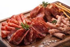 Установите мяс На деревянной стойке Стоковое Фото
