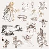 Установите нарисованных вручную эскизов на вероисповедании Ангелы, свечи, крест в кладбище, часовня или церковь, демон, крона бесплатная иллюстрация