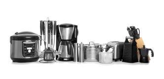Установите чистых изолированного cookware, утварей и приборов стоковое фото