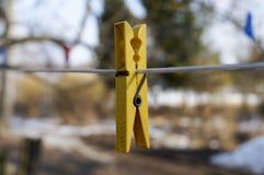 Установите для того чтобы повиснуть белье, старую предпосылку полотенец Стоковое Изображение