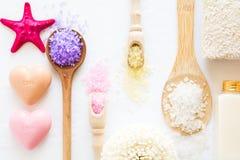 Установка здоровья Соль, раковины и мыла моря Стоковое Изображение