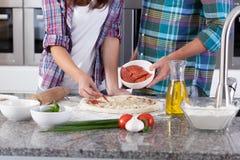 Установка ингридиентов для пиццы Стоковое Изображение RF