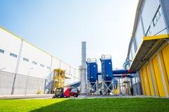Установка и силосохранилище печной трубы ненужного газа для отходов Стоковые Изображения RF