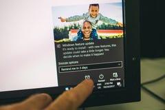 Установка обновления характеристики Microsoft Windows стоковые изображения rf