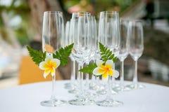 Установка свадьбы стеклянная стоковое фото rf