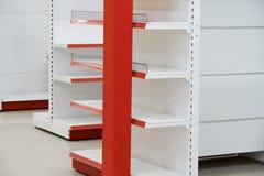 Установка шкафов для торговли, собрания и разборки Стоковые Фотографии RF