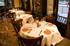 Установки таблицы ресторана стоковое фото rf