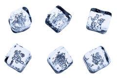 Установленные кубы льда изолированными на белой предпосылке стоковое изображение