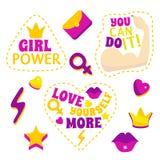 Установленные лозунг и заплаты феминизма цвета шаржа вектор Стоковые Изображения RF