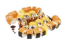 Установленные морепродукты - изолированные крены стоковые изображения