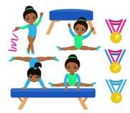 Установленные девушки гимнастики милые многокультурные Стоковые Фотографии RF