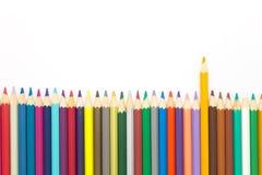 Установленные карандаши цветов многократной цепи деревянные Стоковое Изображение RF