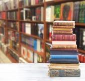 установленные книги Стоковое Фото