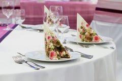 Установленные таблицы свадьбы стоковые фотографии rf