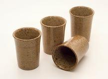 Установленные чашки штейнгута Стоковая Фотография RF