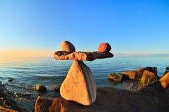 Устоичивый баланс стоковая фотография rf