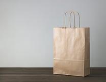 Устранимая сумка бумаги kraft Стоковые Фото