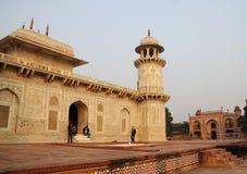 Усыпальница Itimad, города Агры, Дели Indai 2012, 1-ое января стоковые фото