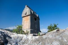 Усыпальницы Lycian в Kalekoy Simena, Турции Стоковые Фотографии RF