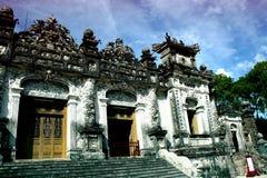 Усыпальница Khai Dinh, города оттенка Стоковые Фото