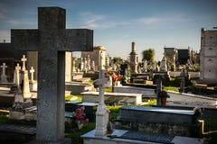 Усыпальницы в кладбище Стоковое Изображение