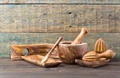 утвари кухни установленные деревянные Стоковые Изображения