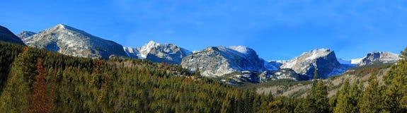 утесистое горы панорамное Стоковое Изображение RF