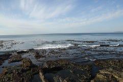 Утесистый берег Стоковые Фотографии RF