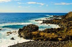 Утесистый южный берег Оаху Стоковые Изображения RF