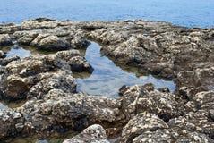 утесистый seacoast Стоковые Фотографии RF