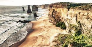 12 утесов апостолов на дорога океане, большая океане на солнцах Стоковое Изображение