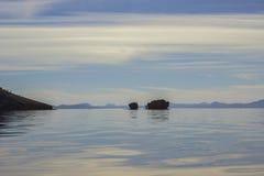 Утесы в заливе Стоковое Изображение RF