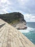 Утесы в итальянском море Стоковые Изображения RF