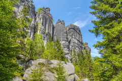 Утесы в национальном парке Adrspach-Teplice трясут - чехию стоковое фото rf