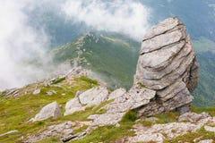 Утесы в тумане Стоковое Изображение RF