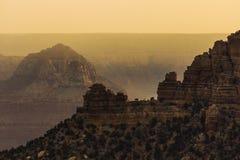 Утесы гранд-каньона на заходе солнца Стоковое Изображение