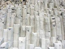 утесы Исландии образования базальта Стоковые Фотографии RF
